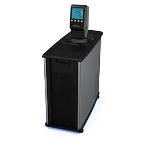 配備MX溫度控制器的製冷/加熱循環水槽