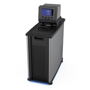 配備標準數位溫度控制器的製冷循環器